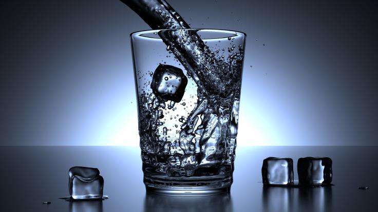 glass-1206584_1920